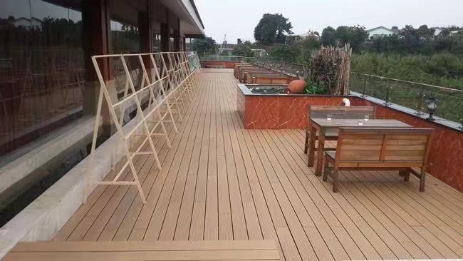 成都木塑地板铺设注意事项 木塑地板安裝方法